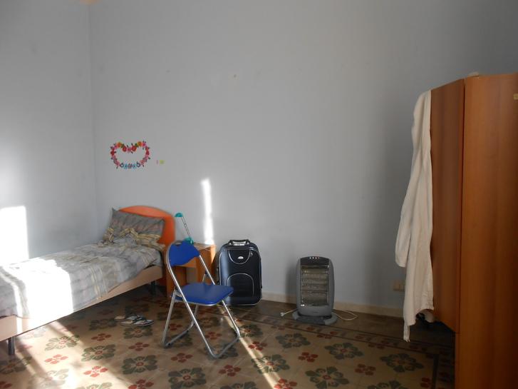 Stanza in centro-Via Umberto I