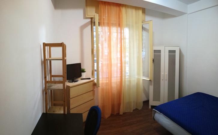 stanza singola arredata per  studentI o lavoratorI Casa 2