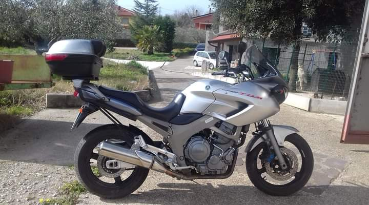 vendo moto TDM 900 Yamaha
