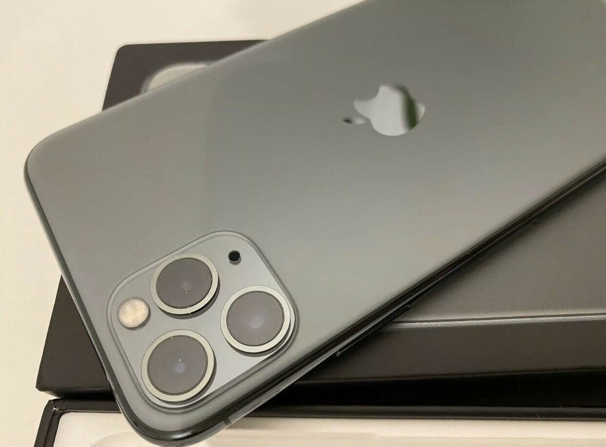www.bulksalesltd.com WhatsApp +447451212932 Apple iPhone 11 Pro 64GB €500 iPhone 11 Pro Max 64GB €530